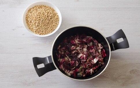 Preparazione Orzotto al radicchio, gorgonzola e noci  - Fase 1