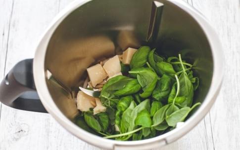 Preparazione Pesto alla genovese con il Bimby - Fase 1