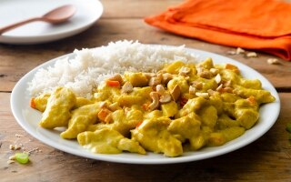Riso basmati con pollo al curry e latte di...