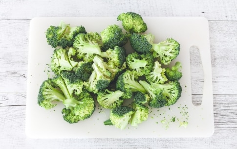 Preparazione Sbriciolata salata broccoli e salame - Fase 1