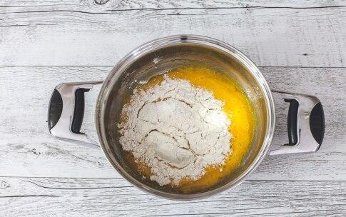 Preparazione Napoleon Cake - Fase 3