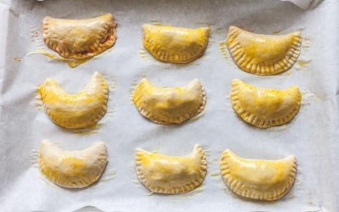 Preparazione Panzerotti al forno - Fase 4