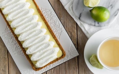 Preparazione Crostata al lime e chantilly al cioccolato bianco - Fase 5