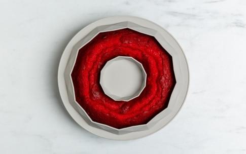 Preparazione Ciambella red velvet con cream cheese e lamponi - Fase 4
