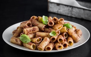 Pasta facile con tre ingredienti