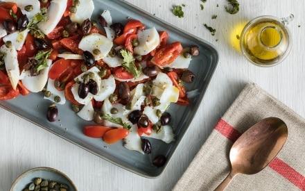 Baccalà con pomodorini, olive nere e capperi con cottura a bassa temperatura