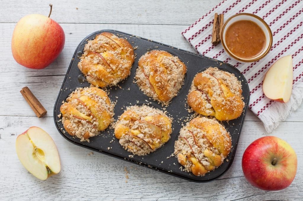 Muffin alle mele e briciole di pasta frolla