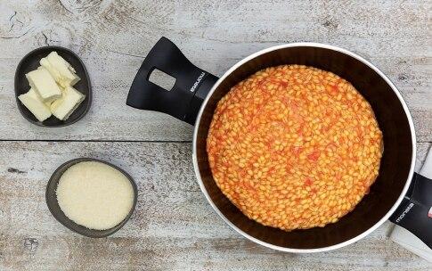 Preparazione Orzotto al pomodoro e burrata - Fase 3