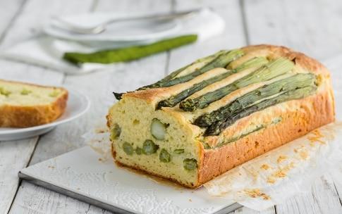 Preparazione Plumcake salato agli asparagi - Fase 4