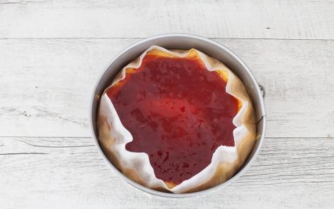 Preparazione Torta versata alla marmellata - Fase 3