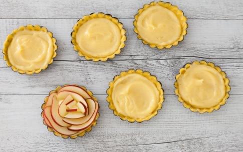 Preparazione Crostatine alle mele - Fase 4