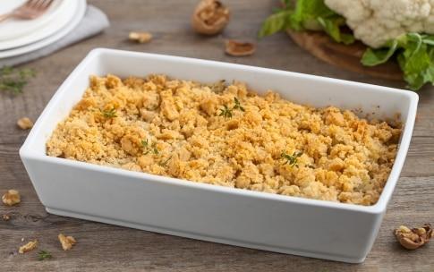 Preparazione Crumble di cavolfiore con gorgonzola e noci  - Fase 4