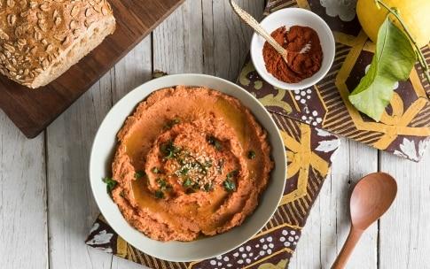 Preparazione Hummus di ceci al pomodoro - Fase 3