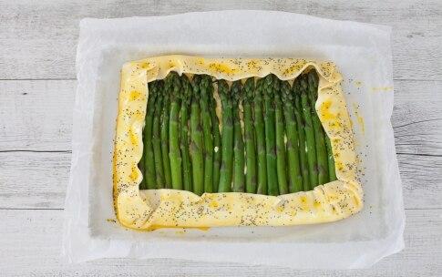 Preparazione Torta salata con asparagi, ricotta, erba cipollina e gruyère  - Fase 3