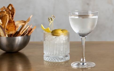 Preparazione Dry Martini  - Fase 4