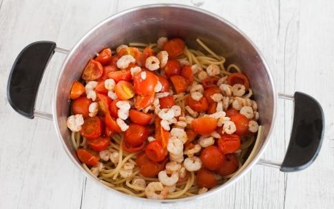 Preparazione Pasta con i gamberetti - Fase 2