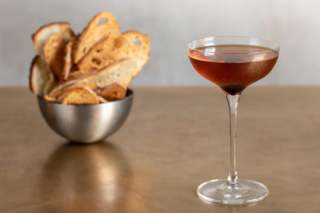 the manhattan cocktail
