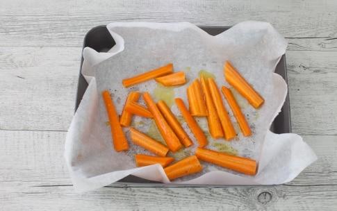 Preparazione Buddha bowl di riso nero, avocado e carote arrostite - Fase 1