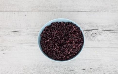 Preparazione Buddha bowl di riso nero, avocado e carote arrostite - Fase 2
