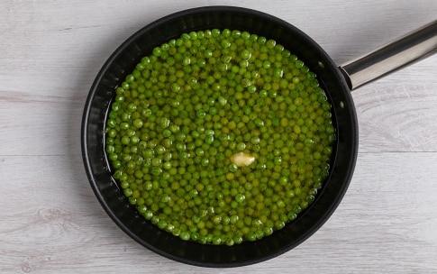 Preparazione Crema fredda di piselli e avocado - Fase 1