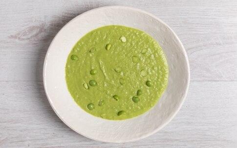 Preparazione Crema fredda di piselli e avocado - Fase 2