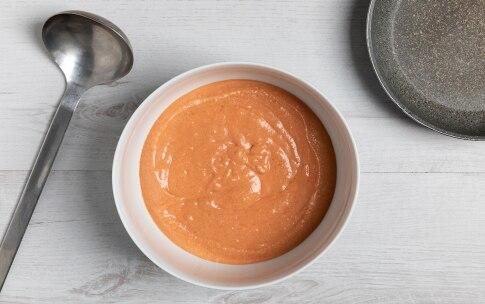 Preparazione Pancake salati al pomodoro, avocado e gamberetti - Fase 3