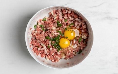 Preparazione Zucchine ripiene di carne - Fase 2