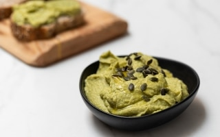 Hummus di avocado