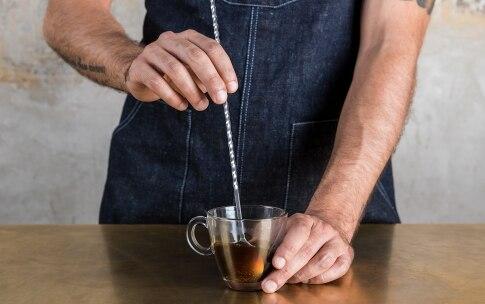 Preparazione Irish coffee - Fase 3