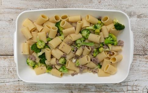 Preparazione Pasta pasticciata broccoli e salsiccia - Fase 3