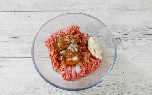 Preparazione Polpette speziate con salsa tex-mex - Fase 3