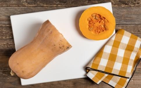 Preparazione Zucca in padella - Fase 1