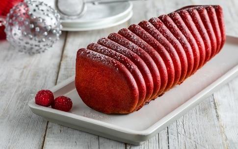 Preparazione Cake alle nocciole e lamponi - Fase 5
