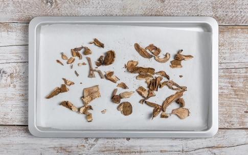 Preparazione Risotto ai funghi misti - Fase 1