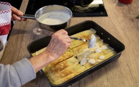 Preparazione Cannelloni di crêpes con ricotta e spinaci al sugo di carne di nonna Melina - Fase 5