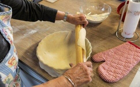 Preparazione Pizza di scarola di nonna Marisa - Fase 3