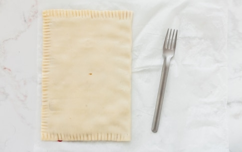 Preparazione Girelle di pasta sfoglia alla marmellata - Fase 1