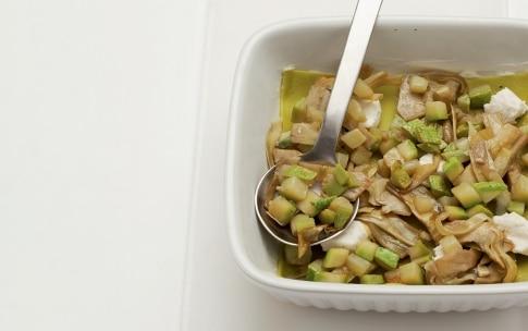Preparazione Lasagne verdi con goloso ragù vegetariano - Fase 1