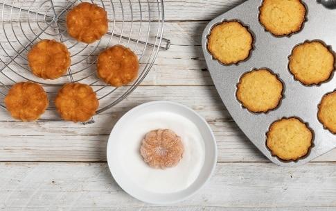 Preparazione Mini bundt cake alle mele  - Fase 4