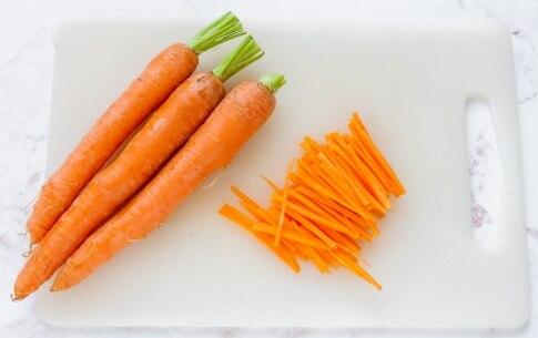 Preparazione Cestini di insalata di Lusia IGP con bulgur, carote e noci pecan  - Fase 2