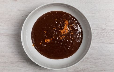 Preparazione Torta al cioccolato senza uova - Fase 2
