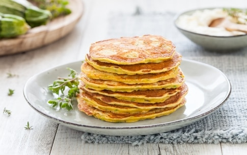 Preparazione Pancake salati alle zucchine - Fase 4