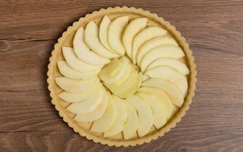 Preparazione Quiche di mele, chèvre chaud e timo  - Fase 4