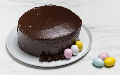 Preparazione Torta di Pasqua al cioccolato - Fase 2