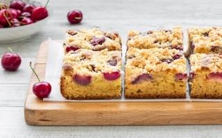 Crumb cake alle ciliegie di Vignola