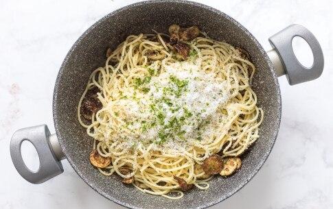 Preparazione Spaghetti alla Nerano - Fase 3