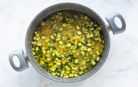 Preparazione Pasta con zucchine - Fase 2