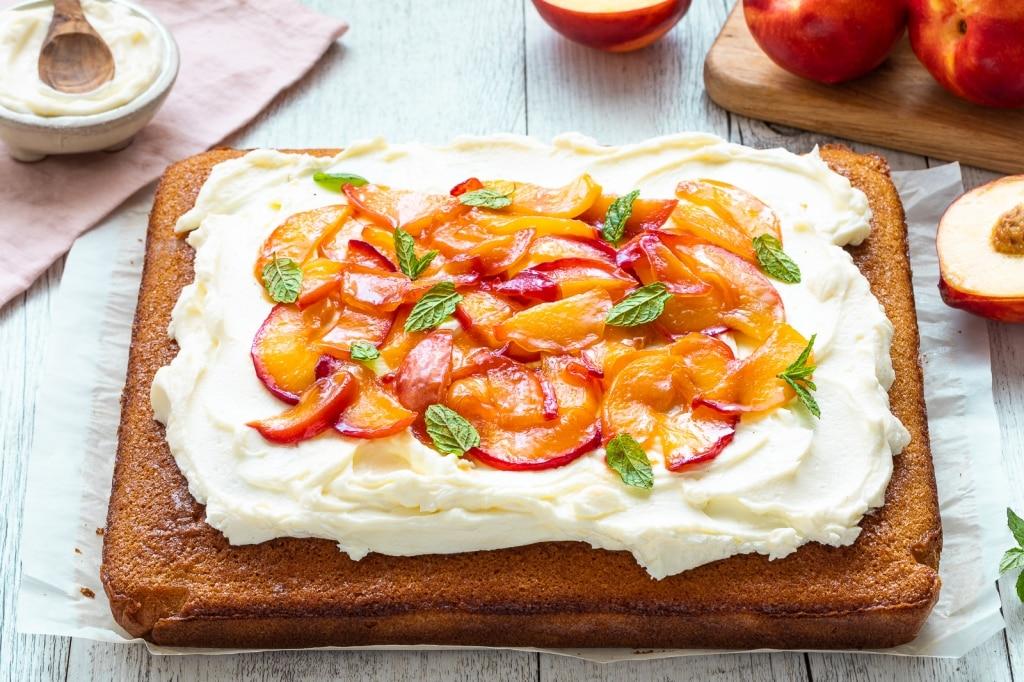 Sheet cake alle Pesche e Nettarine dell'Emilia Romagna IGP