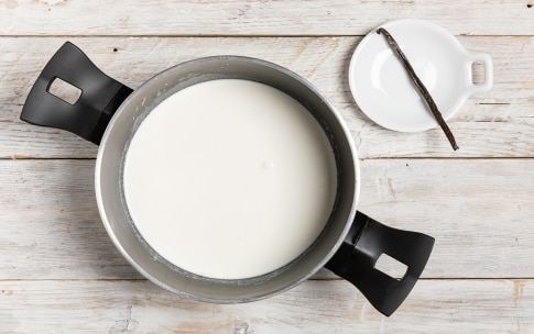 Preparazione Vanilla pudding - Fase 1