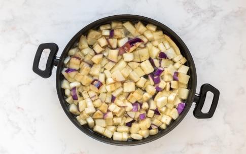 Preparazione Melanzane a funghetto - Fase 1